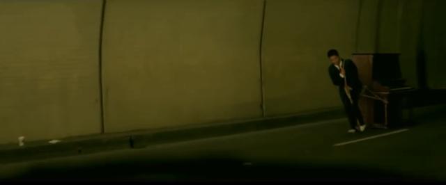 bruno-mars-grenade-tunnel-yt.png