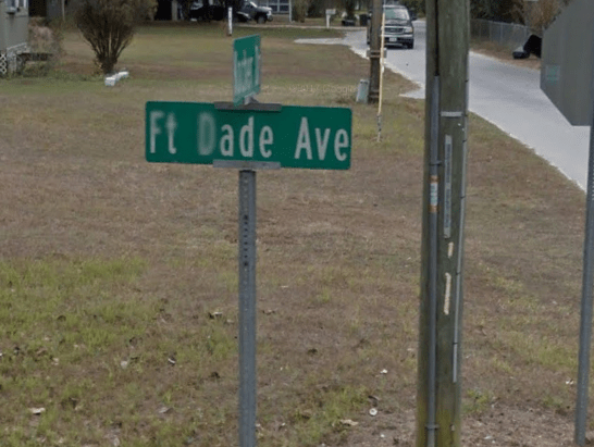 fort-dade-avenue-sign2.PNG