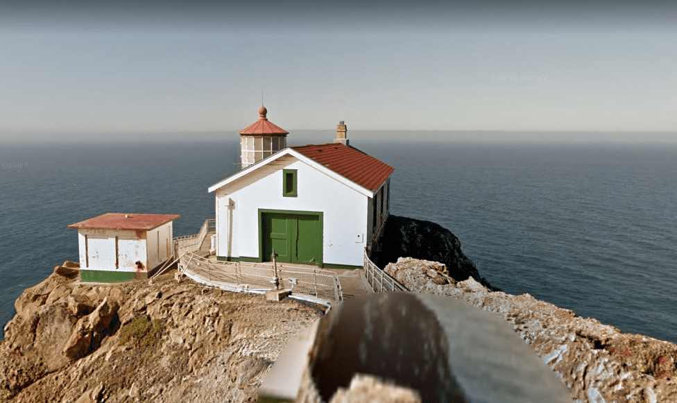 the-fog-lighthouse-location2.PNG
