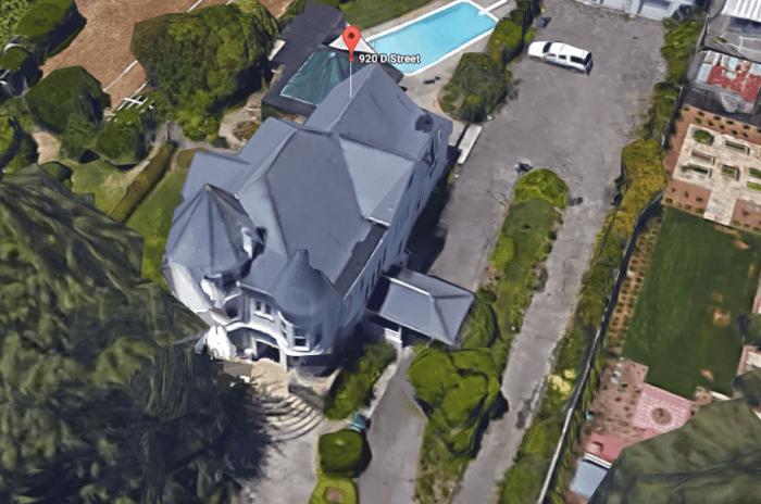 lori's-house.PNG