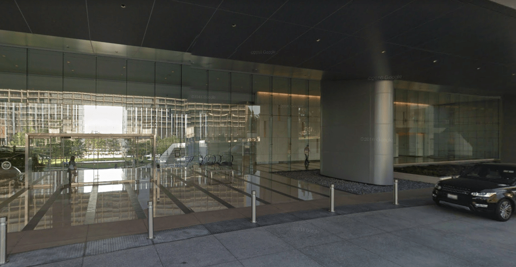 the-circle-lobby2.PNG