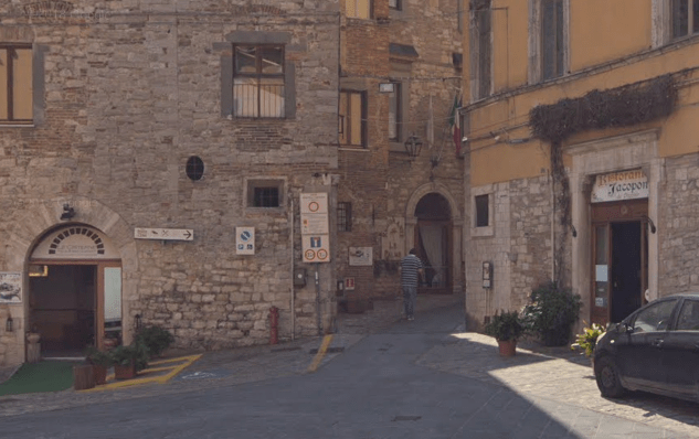italy-town3