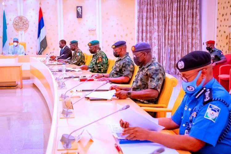 Buhari and his military chiefs