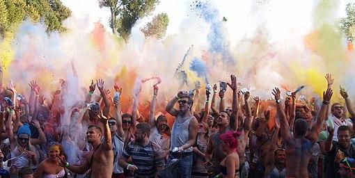 A_celebration_of_Holi_in_Germany_2012