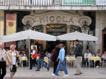 Lisbon cafe Nicola