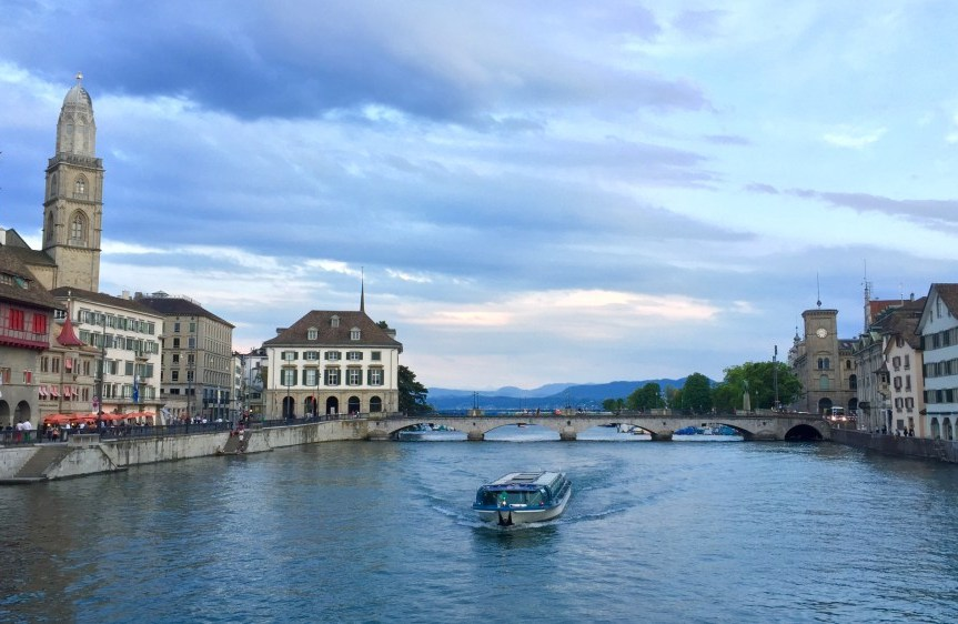 8 things to do in zurich in summer august 14 2015 by hailey solutioingenieria Gallery