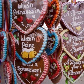 Oktoberfest gingerbread cookies