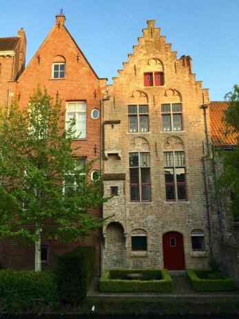 Bruges Homes on Canals