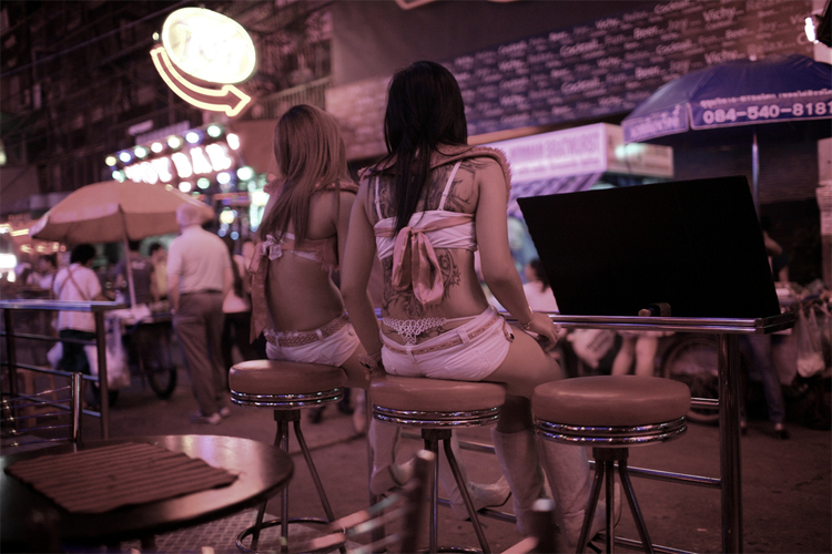 I Went to a Sex Show in Bangkok