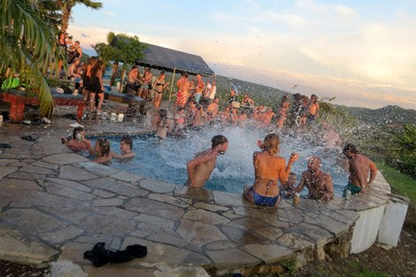 San Juan Del Sur: Pool Crawl