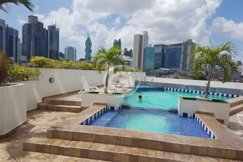 20. Piscina - Oasis Tower