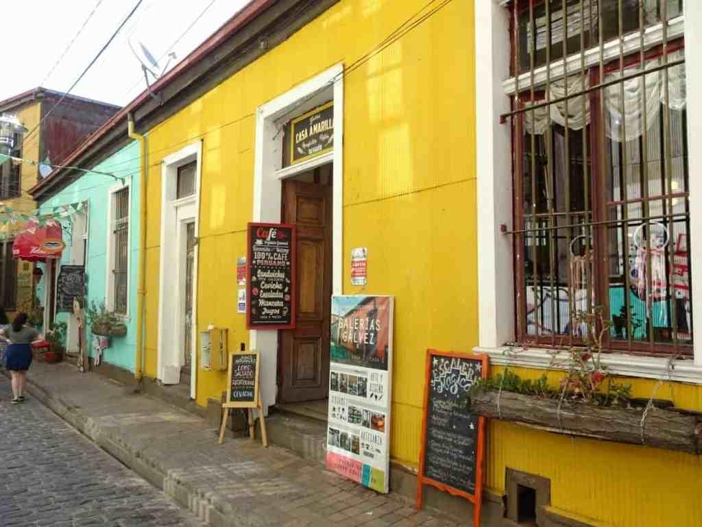 Valparaiso coloured buildings