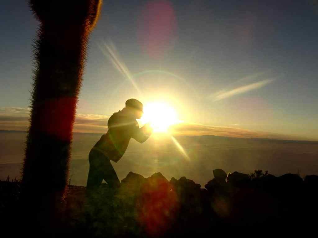 catching the sunrise in the Salar de Uyuni