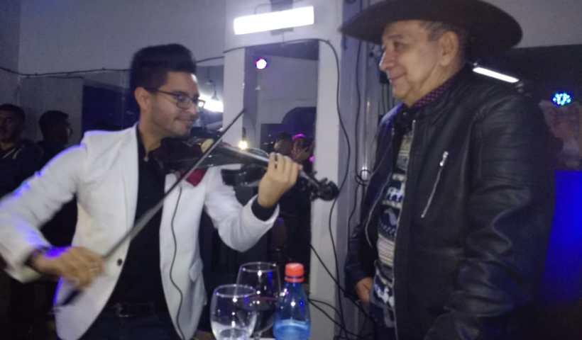 Teo Galíndez prepara dos conciertos en Chile