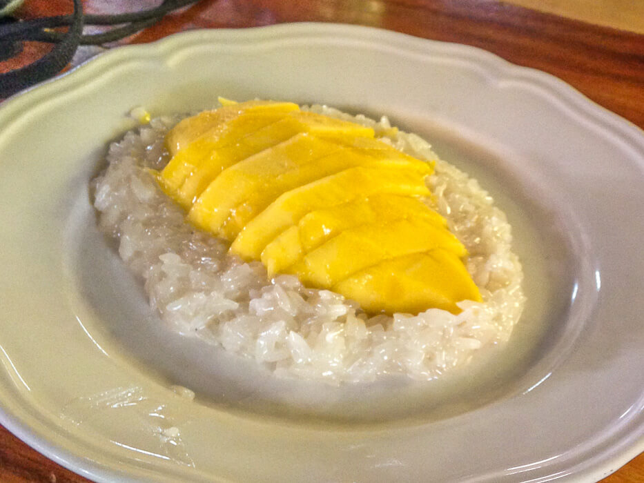 mango sticky rice for dessert