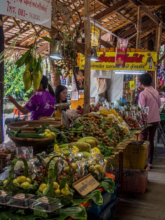 Inside Bang Naam Phung Floating Market