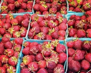 True Canadian Food: strawberries