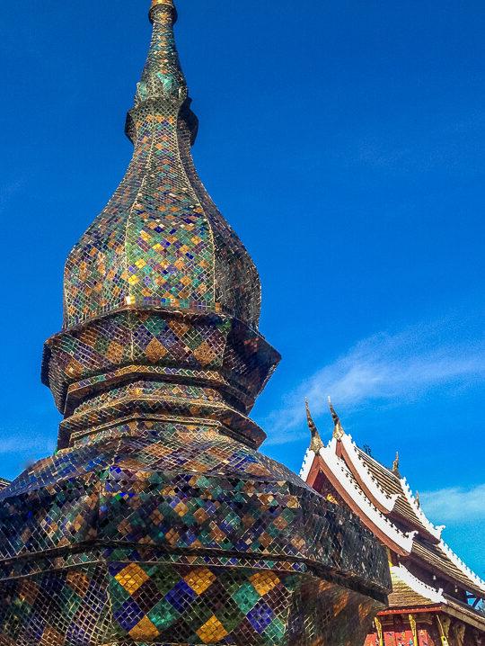 temple mosaic luang prabang wat