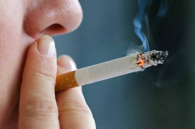 Smoking-induced expression of the GPR15 gene indicates its potential role in chronic inflammatory pathologies. Global medical discovery