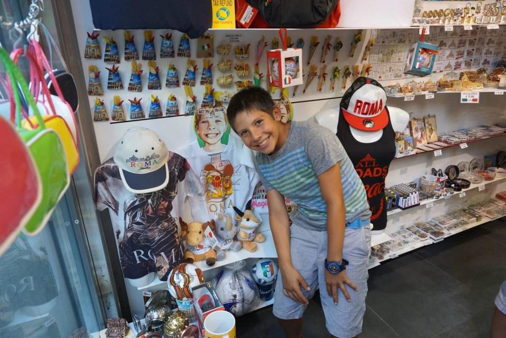 tourist_shop_rome