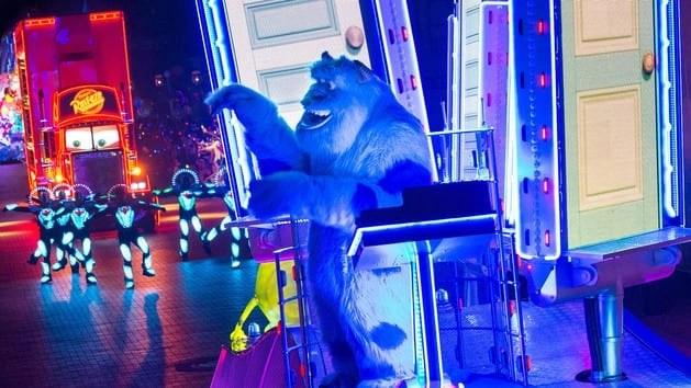paint_the_night_parade