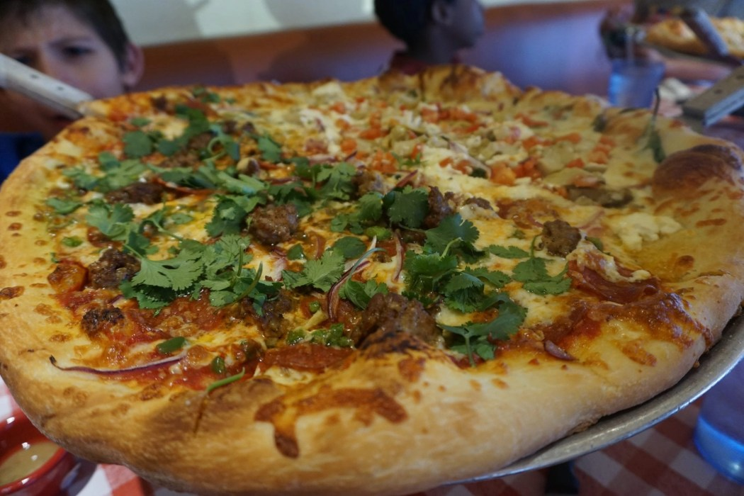 Bill's Pizza | The Ultimate Guide to Palm Springs with Kids