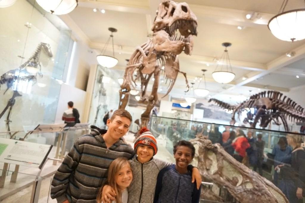 Family_at_American_Natural_History_Museum