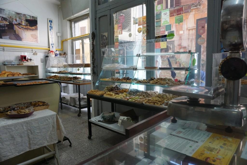 Authentic_Italian_Biscotti_Shop