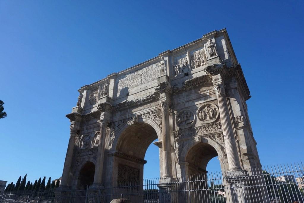 Beautiful picture of the Roman arc de triomphe