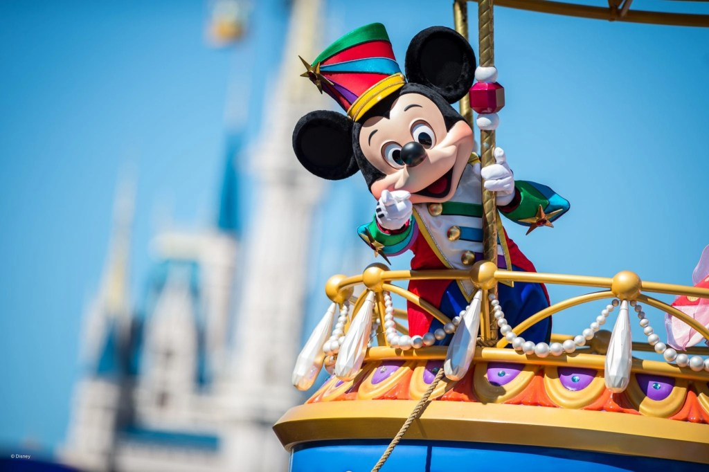 Mickey on a Float in a Parade at Disneyworld | Global Munchkins