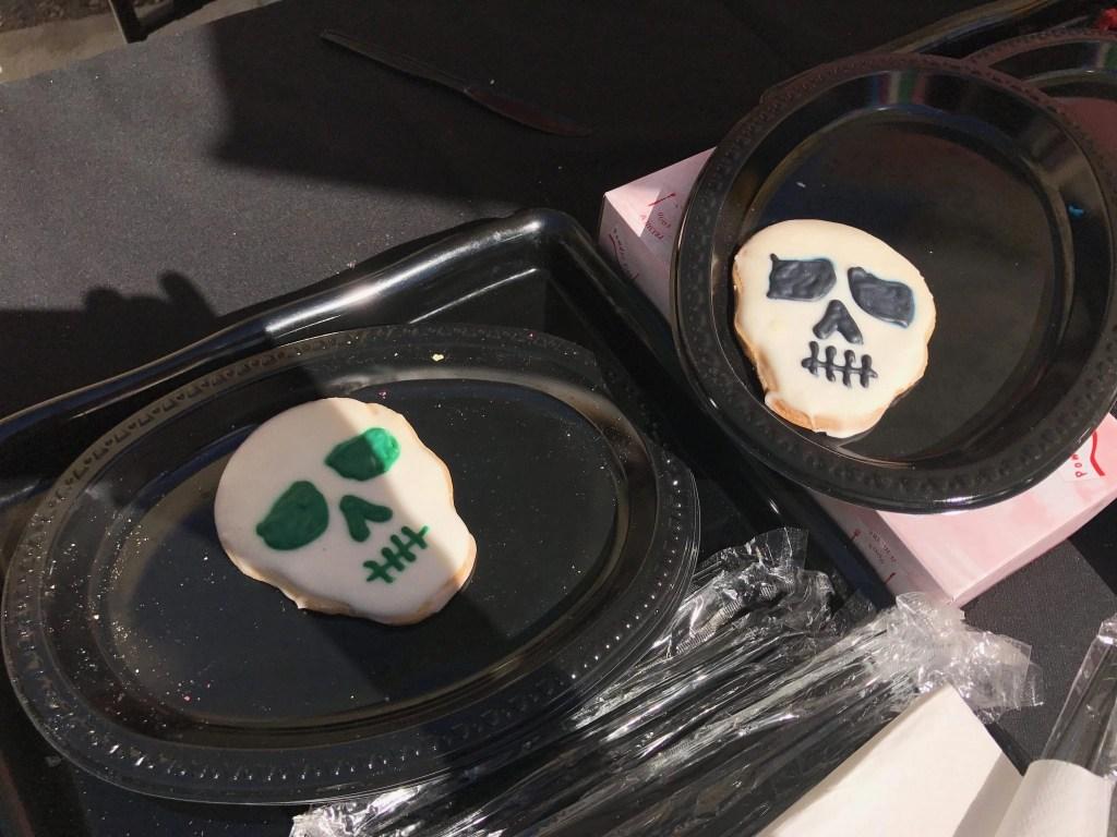 Skull Cookies at Knott's Spooky Farm | Global Munchkins