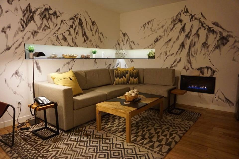 Tenaya Lodge has a room for every type of traveler. This luxury resort has an adults only lodging area, is family friendly and pet friendly too.