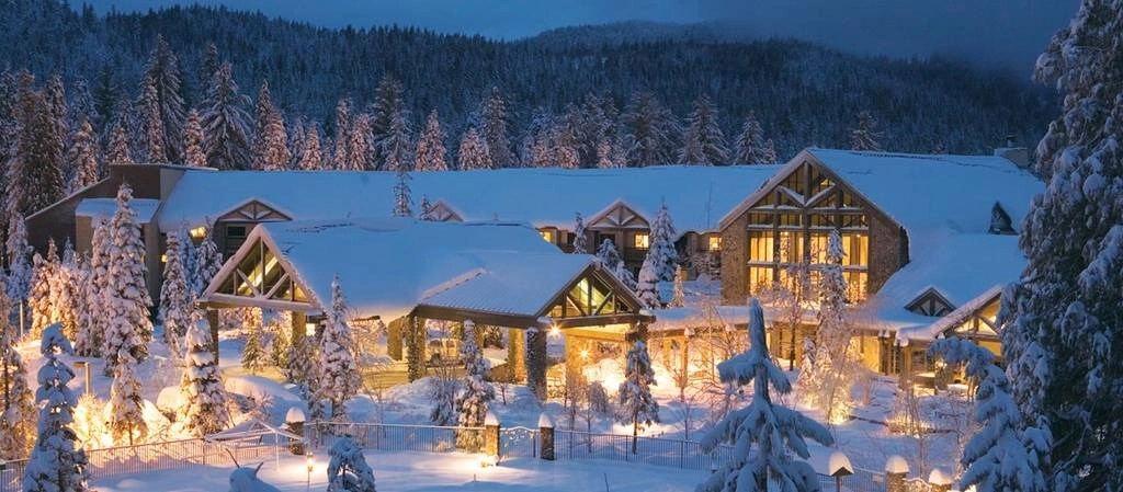 Snow Covered Tenaya Lodge. The BEST of the Yosemite Resorts. If you are looking for a luxurious hotel in Yosemite this is it. It's also both kid & pet friendly too!
