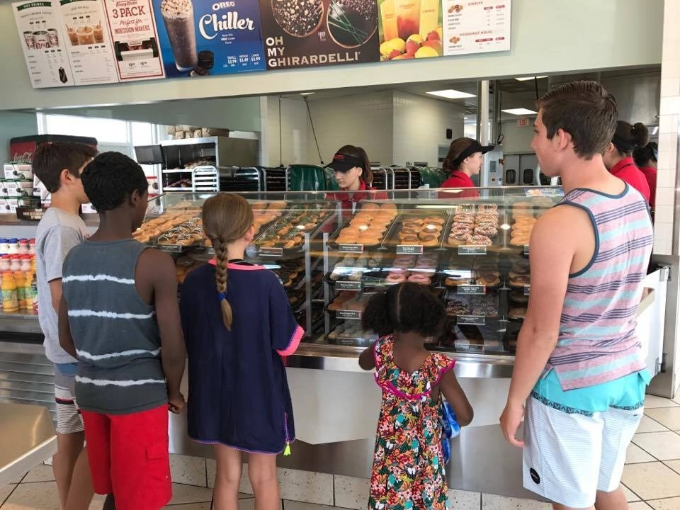 Stopping for treats is one of the kids favorite parts of a road trip. Check out our tips to maximize the fun on your next road trip.