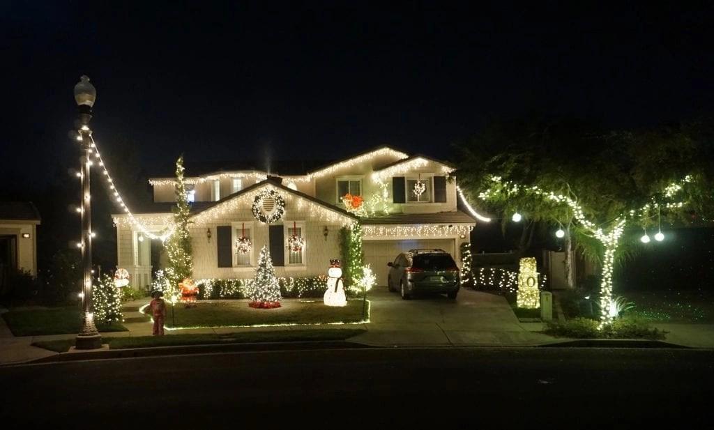 Winner City of Temecula Christmas Lights Norman Rockwell Award