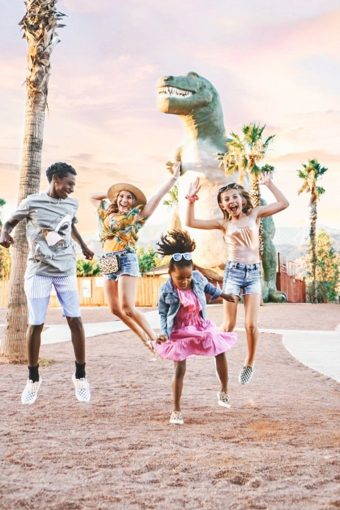 things to do in palm springs with kids - cabazon dinosaurs