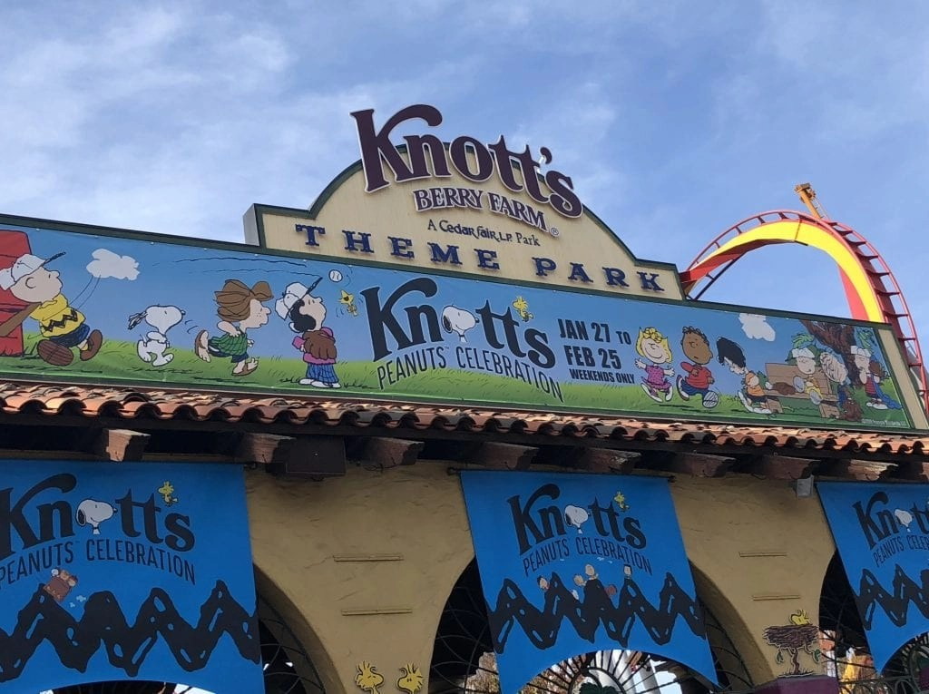 Additional Ways To Save at Knotts. Both Costco and Ralphs offer seasonal discounts on Knott's tickets, check your local store for details. Auto Club members can get 10% admission with an AAA card, plus discounts at some park restaurants.