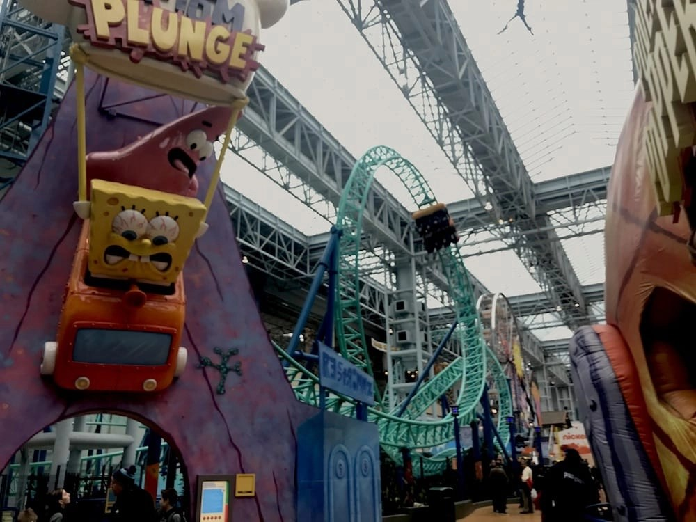 things to do at mall of america - nickelodeon universe