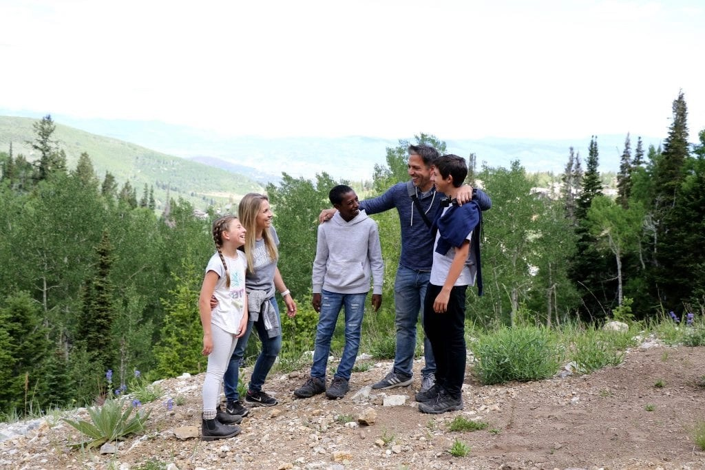 The BEST Hiking Tips for Tweens including my kids' favorite hiking food.