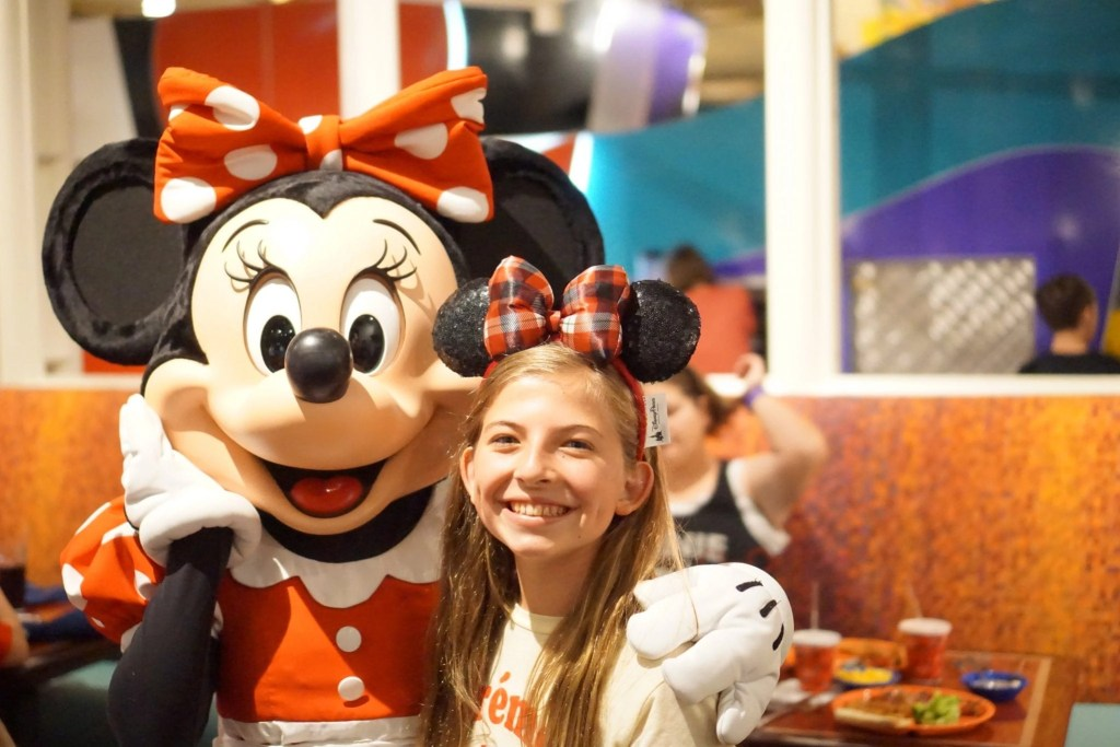 The Best Character Dining At Disney World Top 8 Places