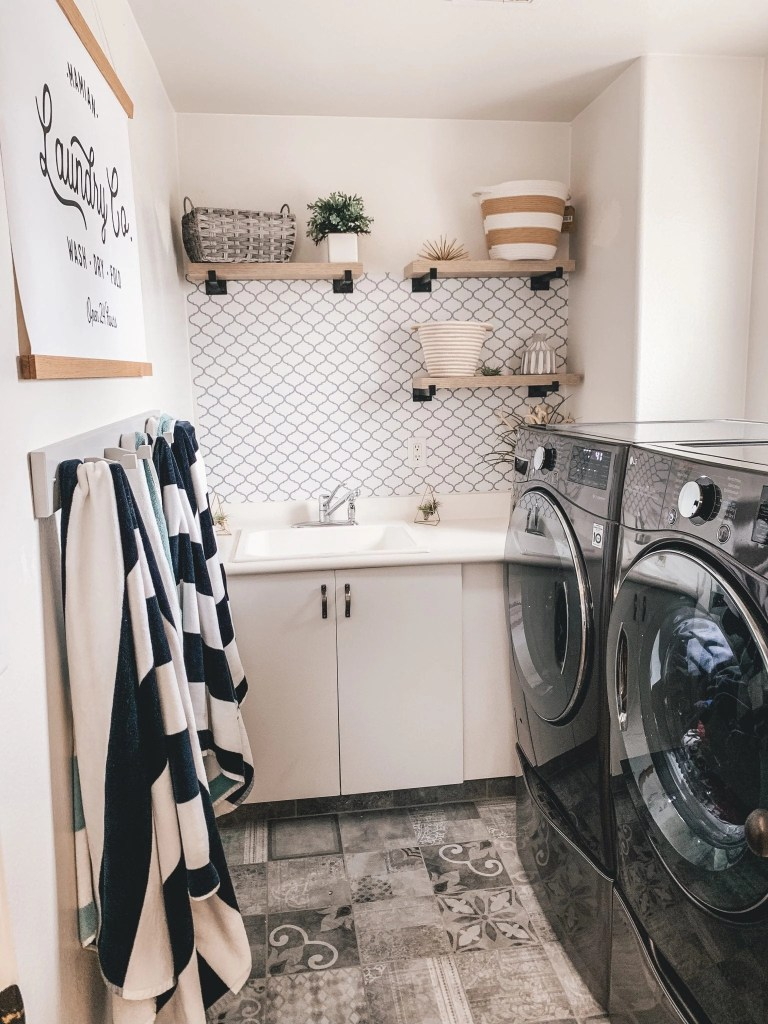 My laundry room makeover- revealed
