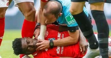 See how Bundesliga referee Marco Fritz rescued Nigerian striker Taiwo Awoniyi from death after suffered heavy collision from opponent