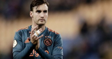 Chelsea offer €25m for Ajax to sign Nicolas Tagliafico