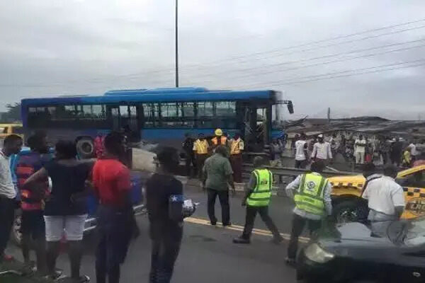3 Feared Dead As BRT Bus Collides With 2 Motorcyclists at Iyana-Ipaja Accident in Lagos