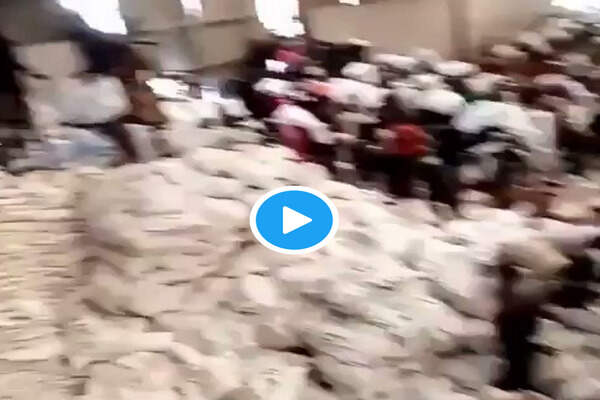 BREAKING: Thugs Break into COVID-19 Palliatives Warehouse at FESTAC in Lagos (Video)