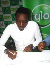 Bovi signing