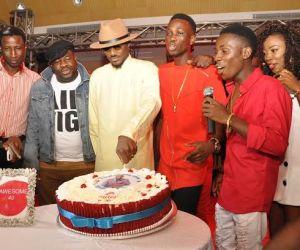 2.L-R, Head, Youth Segment, Airtel Nigeria, Segun Aderinokun; Regional Operations Director, Lagos Region, Airtel, Oladokun Oye, Brand Ambassador, Airtel, Tuface Idibia; One Mic winners, Jay Dreamz; Acetune with Airtel Trace Music Star winner, Jitey Peterz at the Airtel One Mic All-Stars album launch/Tuface's 40th birthday party held in Lagos