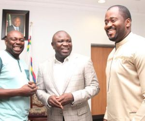 Lagos State Governor, Mr. Akinwunmi Ambode (middle) flanked by Popular Nollywood Actor & member of the Lagos State House of Assembly, Hon. Desmond Elliot and Popular Nollywood Actor, Segun Arinze during a courtesy visit to the Governor by the Cast and Crew of the film 93Days, at the Lagos House, Ikeja