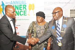 (L-R): MD/CEO, Airtel Nigeria, Segun Ogunsanya; former Chief Justice of Nigeria (CJN), Hon. Justice Aloma Mukhtar (GCON) and Mr. Babatunde Savage while exchanging pleasantries at the 2015 Annual Dinner & Dance of ICC Nigeria held in Lagos on Friday.
