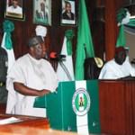 (Photonews) Gov. Ugwuanyi presents Enugu's 2016 budget